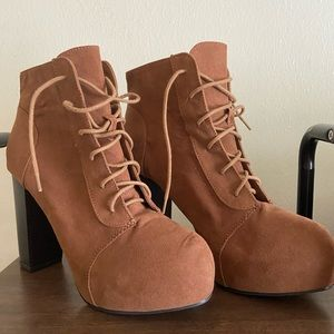 H&M Camel Brown Lace Up Platform Heeled Boots